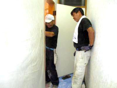 師匠と弟子、とても頼りになる師匠。皆の大黒柱ですね。